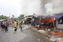 Cháy lớn ở chợ đêm 'làng đại học', nhiều người tháo chạy