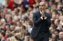 Man City trả giá đắt sau chiến thắng trước Swansea