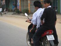 Quảng Ngãi bất lực trước tình trạng học sinh phạm luật giao thông
