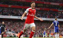 Arsenal dùng lương khủng và số áo mới thuyết phục Mesut Ozil gia hạn hợp đồng