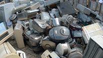 Hàng nghìn thiết bị điện máy Nhật Bản cũ được nhập khẩu thành... giấy