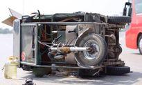 Xe ba bánh chở cồng kềnh gây tai nạn khiến nữ sinh bị thương nặng