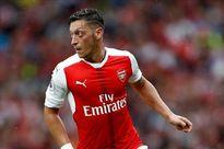 Ozil chuẩn bị ký hợp đồng khủng với Arsenal