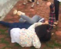 Chê ảnh trên facebook, nữ sinh bị đánh hội đồng