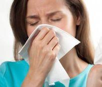 Bác sĩ hướng dẫn xử trí bệnh cấp tính mùa thu