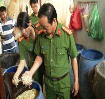 Dùng hóa chất ghi mác Trung Quốc để sản xuất giá đỗ