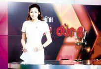 Vì sao Á hậu Tú Anh 'trụ được' trên sóng truyền hình Quốc gia?