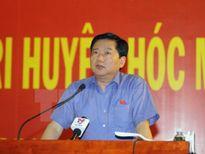 Bí thư Đinh La Thăng tiếp xúc cử tri tại Thành phố Hồ Chí Minh