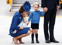 Không phải công nương Kate, đây mới chính là tâm điểm chú ý trong chuyến công du Canada của hoàng gia Anh