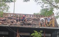 Lốc xoáy lại quét qua Quảng Trị, hơn 200 ngôi nhà bị tốc mái