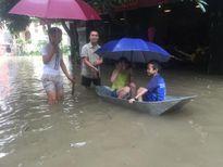 Nghệ An: Nhiều trường cho học sinh nghỉ học do mưa lũ