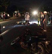 Va chạm xe máy bị cuốn vào gầm xe tải, 3 người thương vong