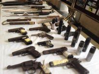 Rùng mình khi xem các loại vũ khí, tang vật bị lực lượng 141 thu giữ