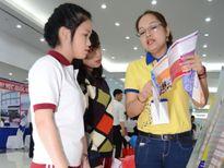 Trao 300 suất học bổng cho sinh viên 6 tỉnh miền Trung