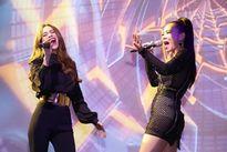 Hồ Ngọc Hà, Thu Minh và các nghệ sĩ vận động 700 triệu trong đêm nhạc 'Hướng về miền Trung'