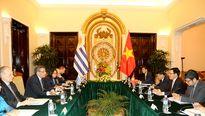 Sớm thành lập Ủy ban hỗn hợp Việt Nam-Uruguay