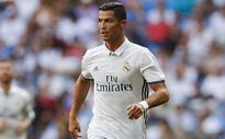 Đăng ảnh nhạy cảm, Ronaldo bị ném đá tơi bời