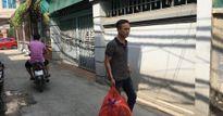 Hành khách đánh nhân viên sân bay tìm đến nhà xin lỗi