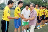 Báo GD&TĐ thi đấu giao hữu bóng đá với ngành GD Hưng Yên