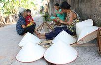 Nét đẹp nón lá làng Chuông