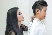 Giọng hát Việt nhí: Giám khảo 'ăn thua' hơn cả thí sinh