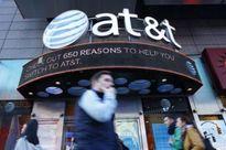 Nhà đầu tư của AT&T cân nhắc lợi hại từ vụ thâu tóm Time Warner