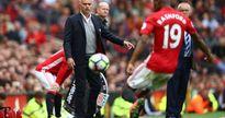 Khúc cua tháng 11: Cứu cánh cho MU và Mourinho