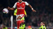 Đả bại Reading, Arsenal giành vé vào tứ kết League Cup