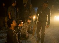 The Walking Dead mùa 7: Chạm đến những cảm xúc đau đớn