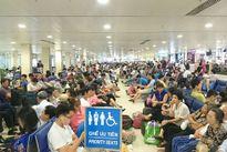 Cần tăng nặng chế tài xử phạt hành vi hành hung nhân viên hàng không
