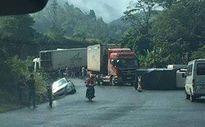 Container gây tai nạn trên quốc lộ khiến 5 người thương vong