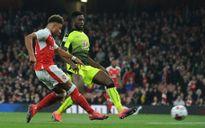 Kết quả bóng đá châu Âu: Liverpool và Arsenal cười, Barca khóc