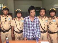 CSGT Đội Phú Lâm truy bắt kẻ cướp xe máy