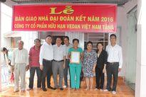 Cty Vedan Việt Nam trao tặng 25 nhà tình thương cho người nghèo năm 2016