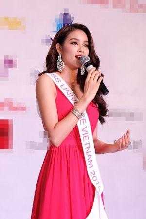 Hoa hậu Phạm Hương dự đoán vào top 3 Hoa hậu Hoàn vũ