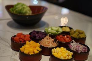 Tự làm salad sữa chua thanh lọc cơ thể ngày Tết