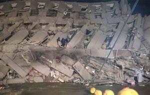 Những em bé thoát chết thần kỳ trong vụ động đất ở Đài Loan