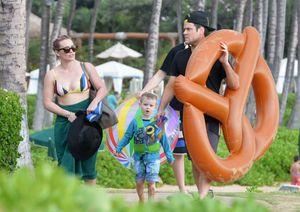 Hậu ly hôn Hilary Duff vẫn cùng chồng cũ đi du lịch