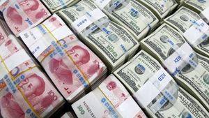 """Dự trữ ngoại hối Trung Quốc """"bốc hơi"""" gần 100 tỉ USD"""