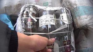 Ăn Tết chỉ sợ thực phẩm bẩn [Bài 2] Nước lã pha cồn thành rượu tết