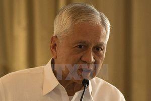 Tổng thống Philippines chấp nhận đơn từ chức của Ngoại trưởng