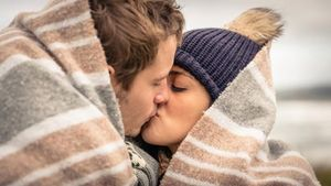 """Sự thật thú vị về """"yêu"""" trong tiết trời xuân"""