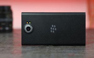 BlackBerry cắt giảm 200 nhân viên tại Canada và Mỹ