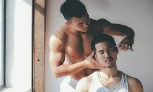 Chùm ảnh tình yêu đồng tính của 2 mẫu nam điển trai gây sốt