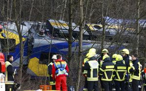 Tai nạn tàu hỏa 'siêu' nghiêm trọng ở Đức, hàng trăm người gặp nạn