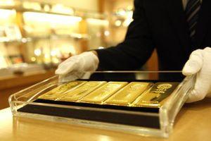 Giá vàng thế giới tăng 13% từ đầu năm
