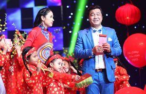Lý Hùng cô đơn, Việt Trinh nhớ kỷ niệm về đôi guốc