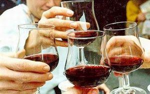 Cách nhận biết rượu pha cồn công nghiệp nguy hại