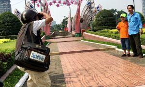 Nỗi niềm chơi vơi của người chụp ảnh dạo giữa Sài Gòn dịp Tết