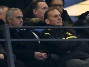 Mourinho sẽ 'trảm' hàng loạt sao của M.U nếu đến Old Trafford